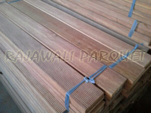 decking kayu kruing