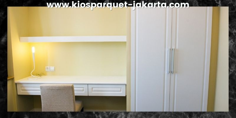 Tips Mendekorasi Kamar Tidur - gunakan rak yang menyatu dengan dinding